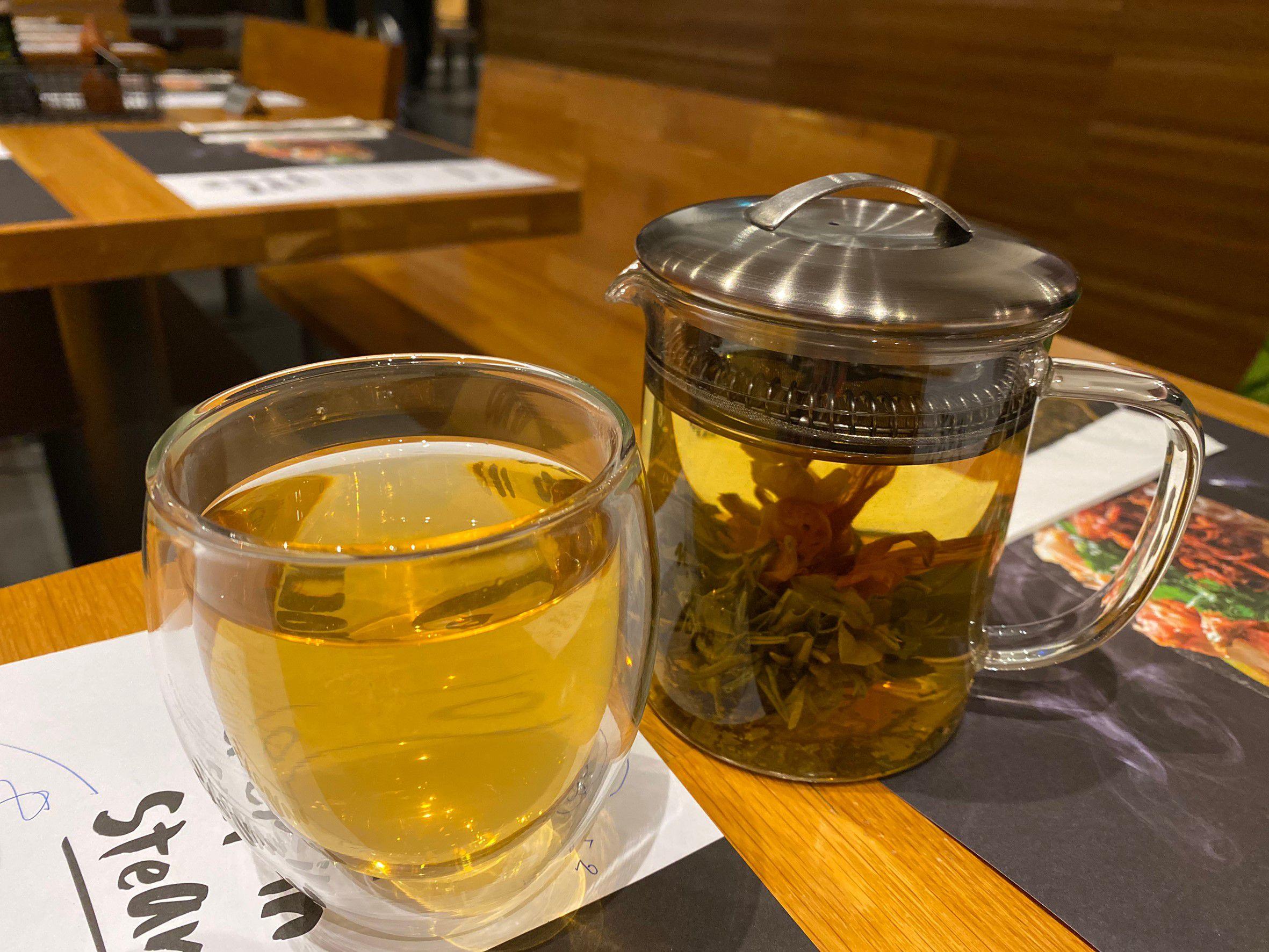 Flower jasmine tea