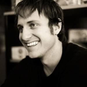 Photo of Ross Kenyon