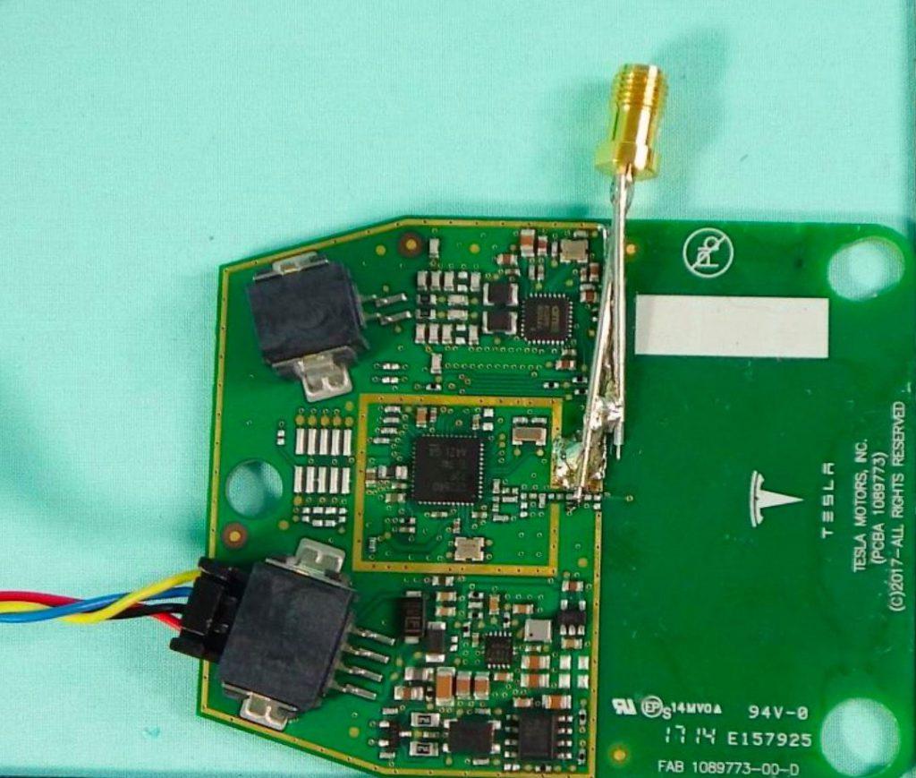 TESLA Model3 RFID transmitter