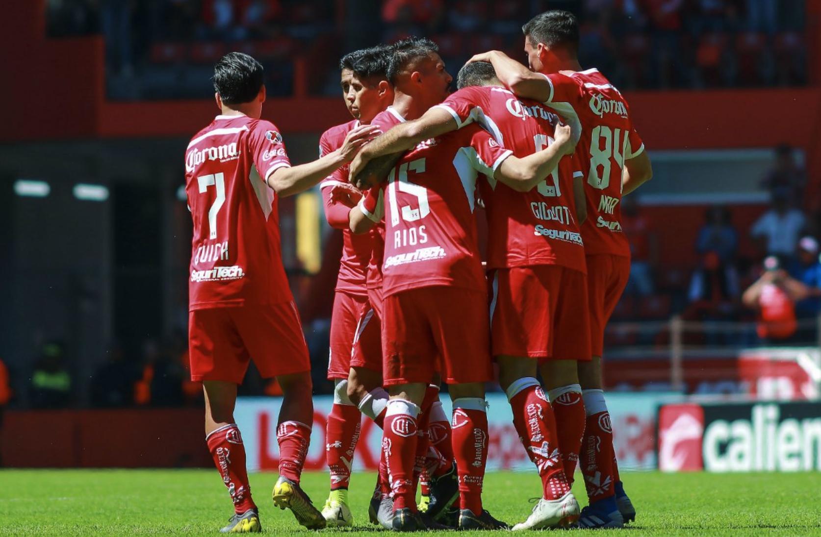 Toluca corta racha de derrotas al imponerse 3-1 a Veracruz