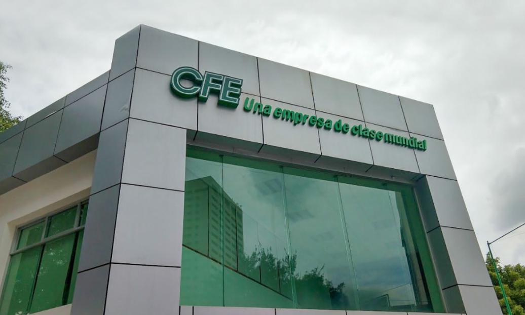 S&P también baja perspectiva de CFE y otras firmas mexicanas
