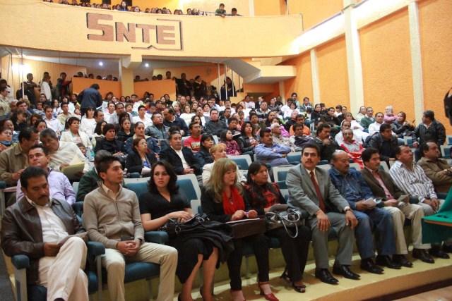 """SNTE pide """"libertad sindical"""" en sector educativo - MVS Noticias"""
