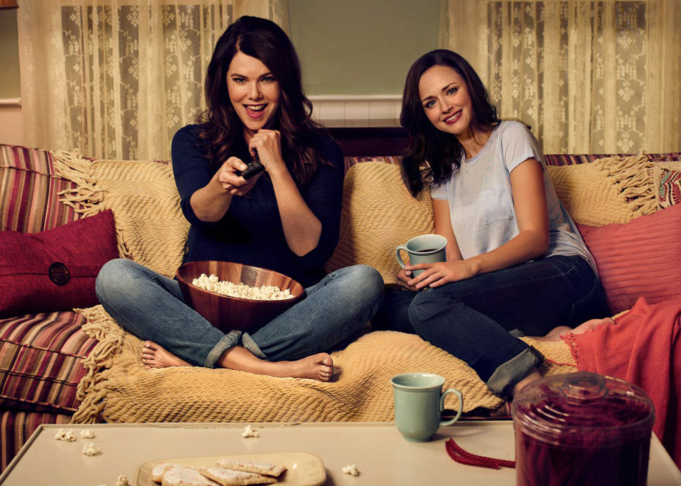 The Top 8 Shows On Netflix To Binge Watch With Your Mom On