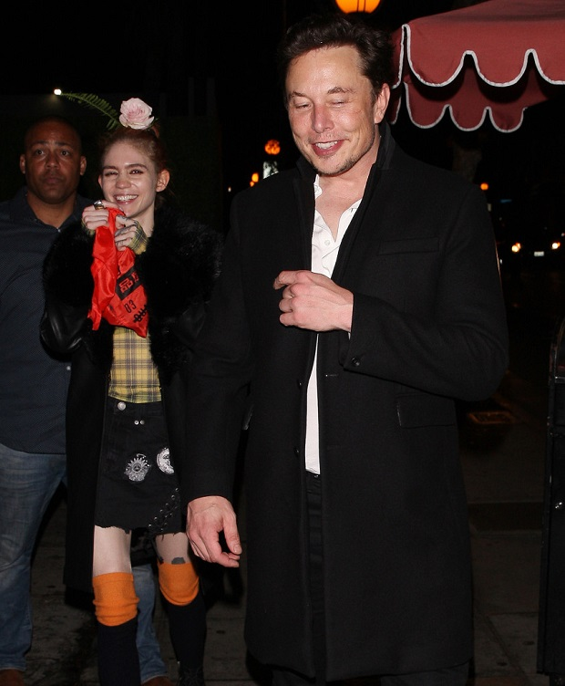 Elon Musk His Musician Girlfriend Grimes Have Just Announced That They Are Having A Baby Nilefm Egypt S 1 For Hit Music