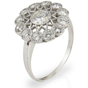 Anillo Art Decó de Platino y Diamantes