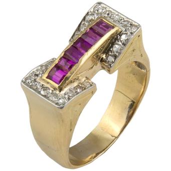 Anillo Chevalier de Oro, Piedras Rojas y Diamantes