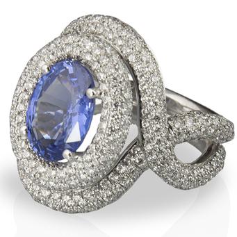 Anillo Oro Blanco, Zafiro y Diamantes