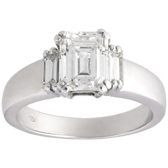 Anillo de Compromiso de Oro Blanco y Diamantes