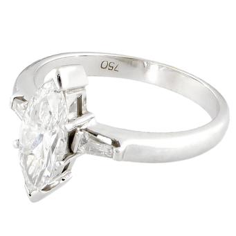 Sortija de Compromiso de Oro Blanco y Diamantes