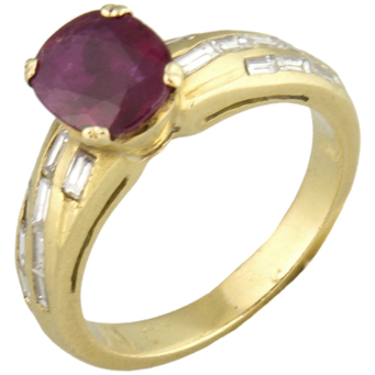 Sortija Yanes de Oro, Rubí y Diamantes