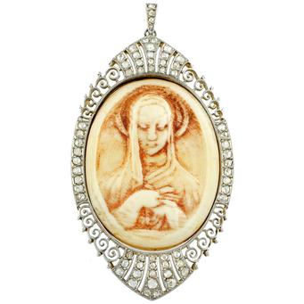Medalla Modernista de Platino, Oro, Hueso y Diamantes