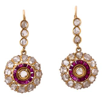 Pendientes Art Decó de Oro, Diamantes y Rubíes