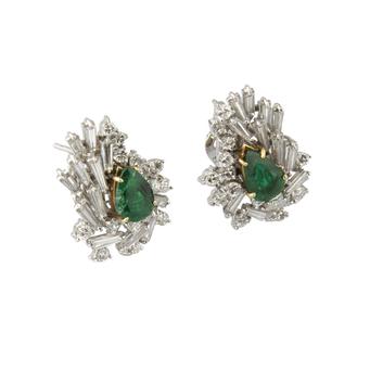 Pendientes de Oro Blanco, Esmeraldas y Diamantes