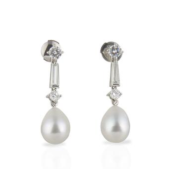 Pendientes de Oro Blanco, Diamantes y Perlas
