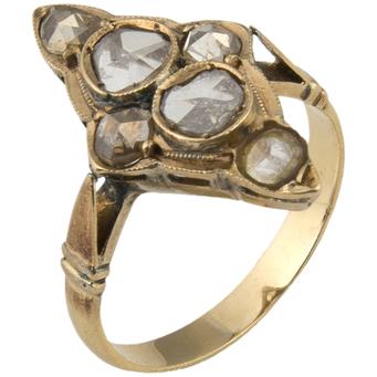 Sortija Lanzadera Finales Siglo XIX de Oro y Diamantes