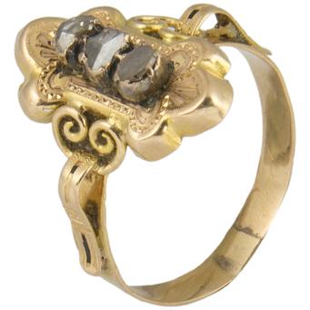 Anillo Siglo XIX de Oro y Diamantes