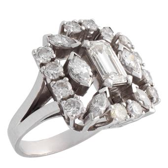 Sortija de Pedida de Platino y Diamantes