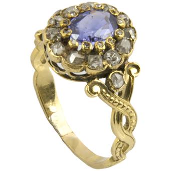 Anillo Siglo XIX de Oro, Zafiro y Diamantes