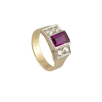 Sortija Vintage de Oro, Platino, Piedra de Color y Diamantes
