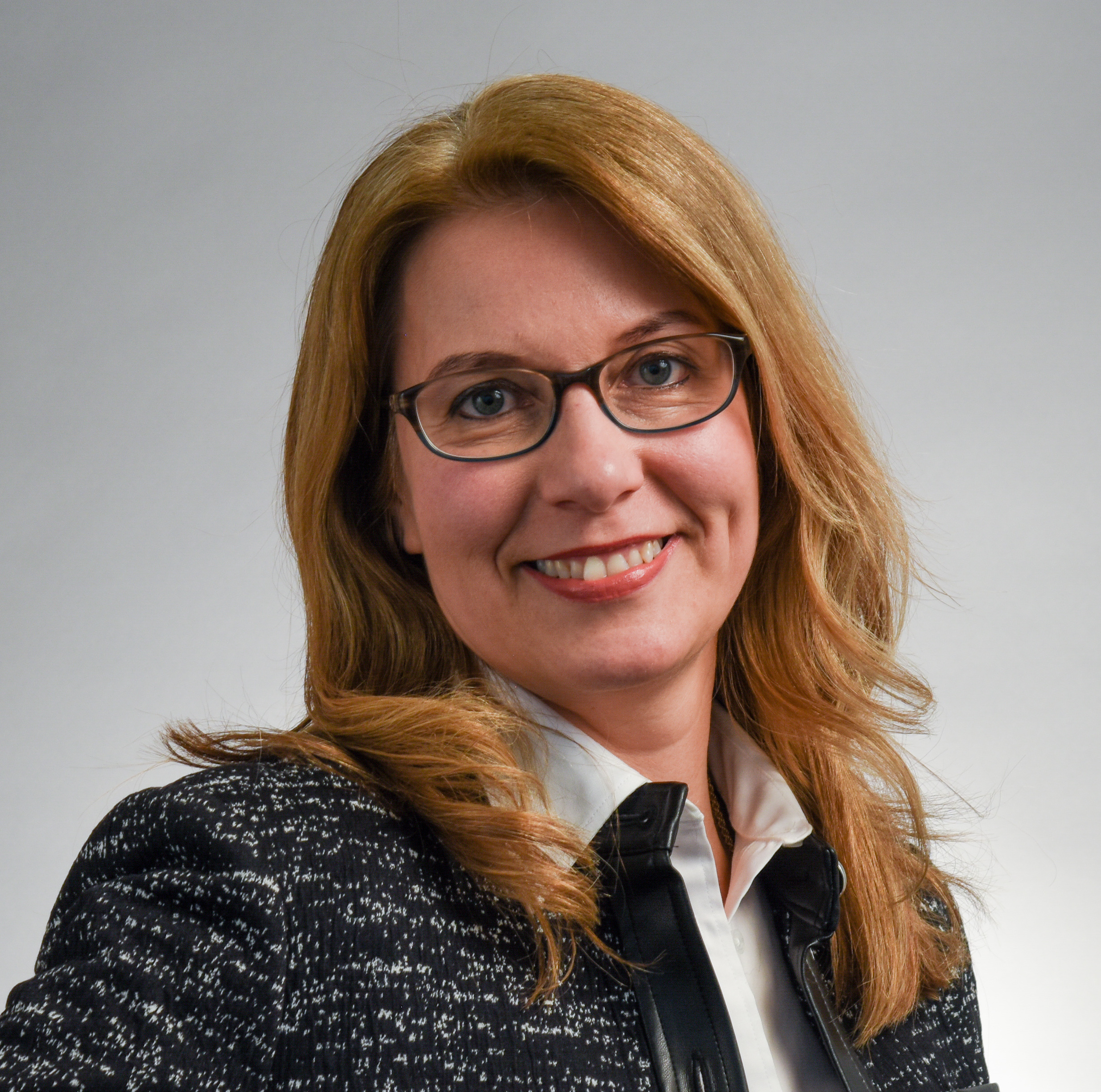 Ana Bastiani-Posner