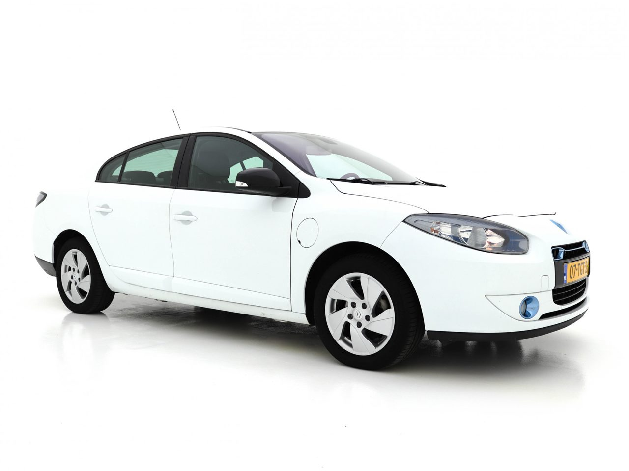 Renault Fluence - Dynamique (LEASE ACCU) (INCL-BTW) *NAVI+ECC+CRUISE+RADIO-CD+15 ALU