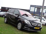 Mercedes-Benz B-Klasse 184 PK 250 e Edition - Inclusief BTW, Automaat, Navigatie, Leder Sport Interieur, F1-Flippers, Led/Xenon, CruiseControl, Parkeersensoren