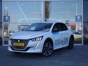 Peugeot 208 New EV 50kWh 136pk GT | Navi | Camera | Stoelverwarming |