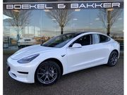 Tesla Model 3 - Standard RWD Plus 8% bijtelling tot 09-2025 - 49.549, - incl. - Trekhaak