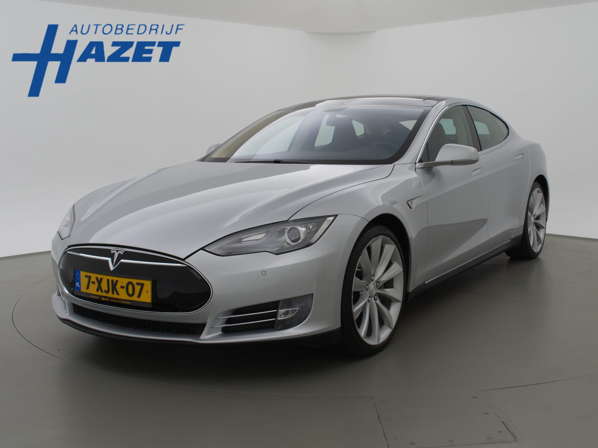 Tesla Model S 85 *INCL. BTW* + LUCHTVERING / 21 INCH / PANORAMA / CAMERA / LEDER