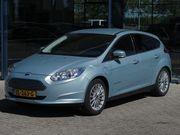Ford Focus Titanium Electric 146PK | Volledig Elektrisch | Door Protectors |
