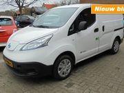 Nissan NV200 100% Elektrisch- Groene bedrijfswagen voor in de stad