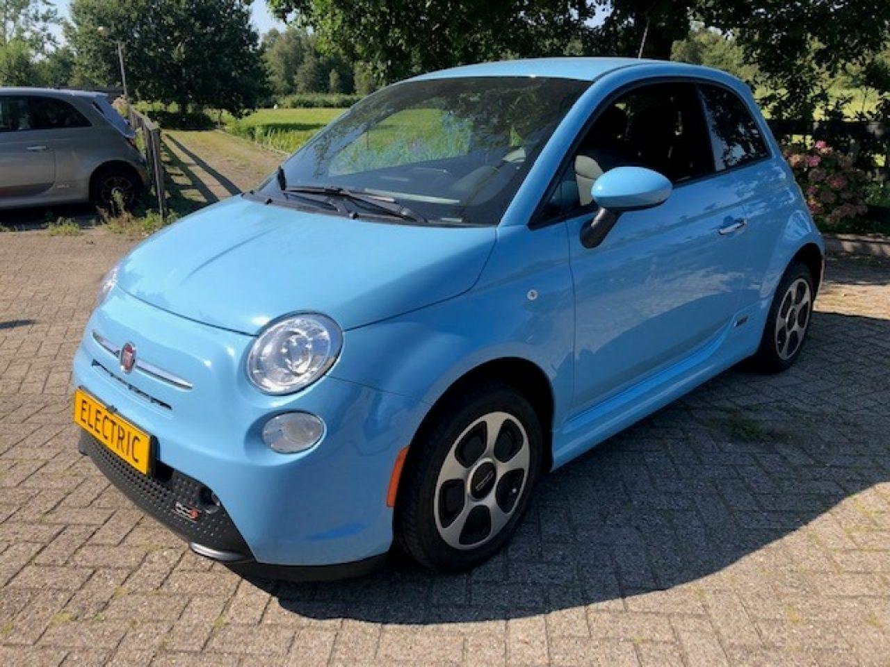 Fiat500 - E- Sunroof met €2000, Subsidie Nu €16950, -