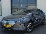 Hyundai Ioniq Premium EV () 39 kWh 8% Bijtelling!   BTW-auto  