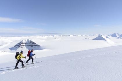 Norte de Spitsbergen, primavera ártica – Primavera ártica - Caminata, esquí y vela