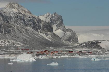 Antarctic Sound#}