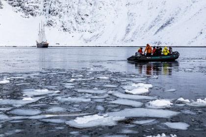 Norte de Noruega, Aurora Boreal, senderismo y velas