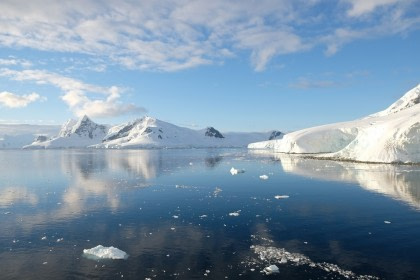 Antarctica - Polar Circle, Deep South Discovery