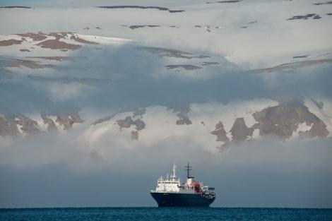 Ortelius in Spitsbergen, July