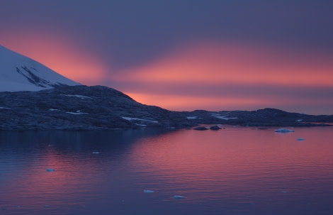 Pleneau Channel, Antarctica, February © Elke Lindner-Oceanwide Expeditions.jpg
