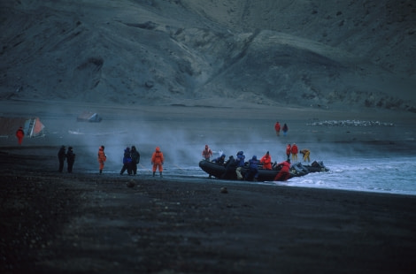 antarctica_deception island_zodiac landing (c) franco banfi-oceanwide expeditions.jpg