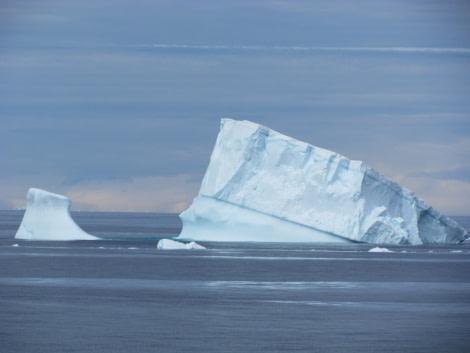 Iceberg, December © Ali Liddle-Oceanwide Expeditions.JPG