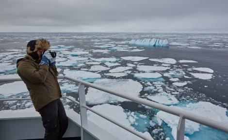 North Spitsbergen Polar Bear Special, June © Markus Eichenberger-Oceanwide Expeditions (22).jpg