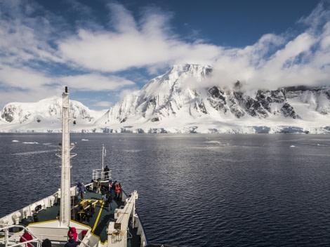 Plancius in Antarctica © Dietmar Denger;Oceanwide