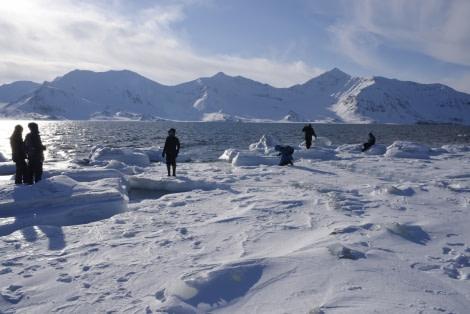 North Spitsbergen, Arctic Spring, April, St.Jonsfjorden © Sarah Gerats-Oceanwide Expeditions .jpg