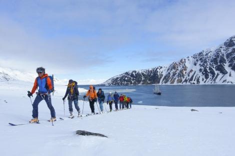 Ski touring, Ski, Sail, Spitsbergen, May © Folkert Lenz-Oceanwide Expeditions_spitzbgn 2292.jpg