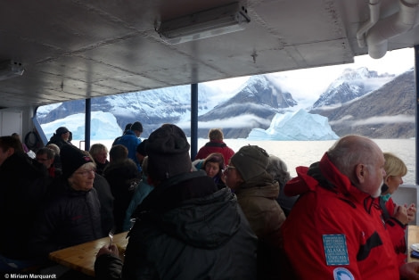 PLA15-17, Day 9 BBQ-3_MMarquardt _Oceanwide Expeditions.JPG