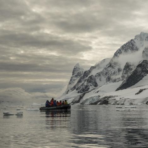 OTL31-18 Day 6 Iain_8Mar_Lemaire_2 © Oceanwide Expeditions.jpg