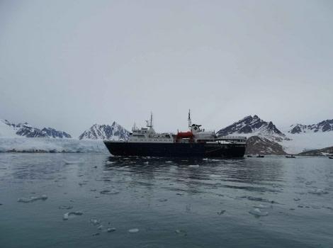 OTL06-18, Day 6_Post (2)-Oceanwide Expeditions.JPG