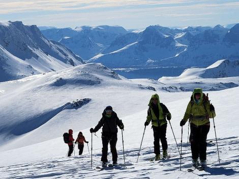 North Norway, SKi & Sail © Oceanwide Expeditions-Massimo Candolini_IMG_9402bis.jpg
