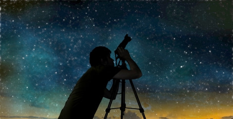 Stargazing through the camera © ST -.jpg